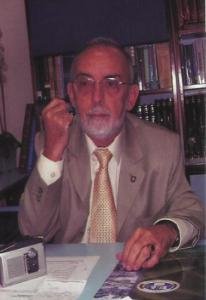 Dr. Reyes Montiel